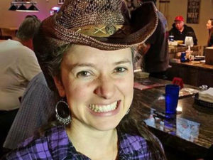 Carrie Wojo country line dance instructor - www.wendoevents.com